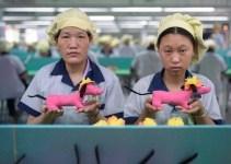 bb13a4bf06b08e5df65a1720db211eb1 - Asi se fabrican los juguetes en una fabrica China
