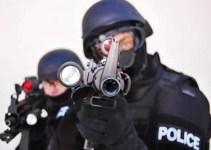 5b3fcb22d3e02b022e01423605fbc9e7 - Nueva broma en Estados Unidos consiste en enviar un equipo SWAT a asustar a alguien