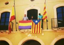 704ae8854594a6ac674bc4c0e5902e82 - Las banderas republicanas proliferan en los balcones de varios ayuntamientos