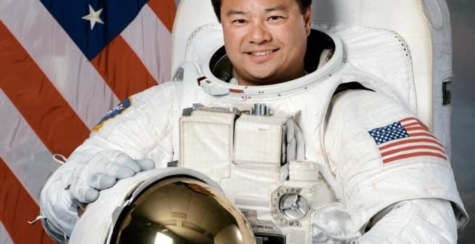 fdfe4dc2a2845aa3f87ca52b3e97b895 - ¿Vida extraterrestre y el fin del mundo?: Esto opina un exastronauta de la NASA