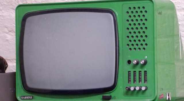 tv 1639240 640 - 10 Cosas que te ofrece la Radio y la TV no