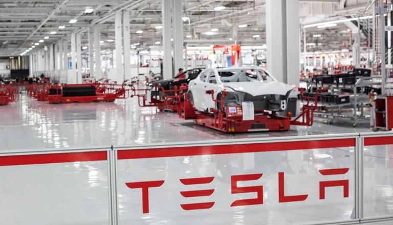 Tesla sufrió unas pérdidas netas de 1.527,33 millones de dólares