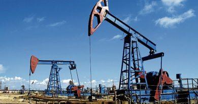 Se dispara el petróleo ante un posible recorte de un millón de barriles diarios