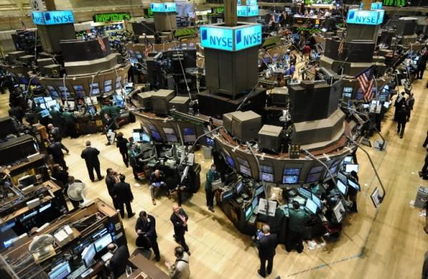 Wall Street cierra en rojo con el Dow Jones cediendo un 0,35%
