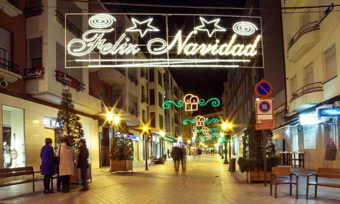 Calle Juan Carlos I de Arnedo en las Navidades de 2016 - Imagen: Martín Montiel
