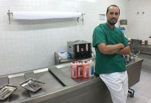 Jorge Celorrio, en la sala de preparación de Grupo Mémora