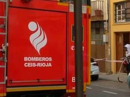 Bomberos del CEIS Rioja retiran el enjambre