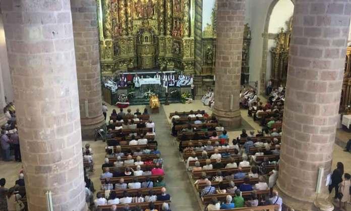 Funeral por el descanso de don Luis en Arnedo (Imagen: Parroquia de Arnedo)