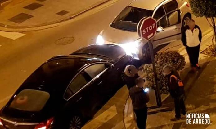 Colisión frontal entre dos vehículos en Paseo de la Constitución de Arnedo