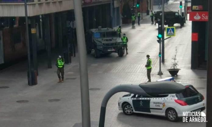 Ejército de Tierra y Guardia Civil vigilan el cumplimiento del Estado de Alarma en Arnedo