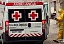 Cruz Roja realiza un traslado en Arnedo por sospecha de COVID-19