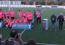 Entrega de la copa autonómica al CD Arnedo tras vencer al Náxara