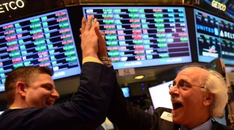 Las tecnológicas tiran del carro en Wall Street
