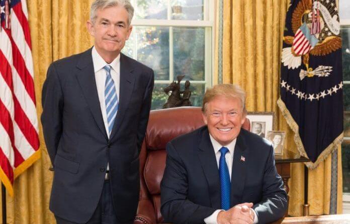 Powell podría bajar los tipos en EEUU ante tensión comercial