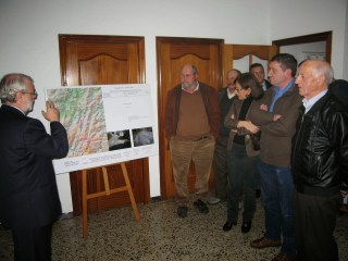 Un millón de euros para mejorar la AS-35, entre Villayón y Boal 5