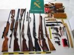 Detenidos dos vecinos de Cangas y Tineo por tráfico de armas 4