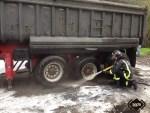 Incendio en un camión que transportaba carbón, en TIneo 2