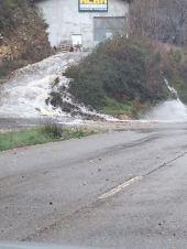Estado de la carretera en la zona de Alvariza