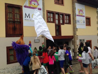 Campeonato infantil de bateo de oro en Navelgas