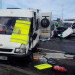 Tres heridos en un accidente junto al hospital de Jarrio, en Coaña