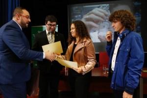 Premios Severo Ochoa para Ainara Álvarez y Lucas Fernández, en Valdés 1