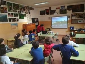 Explicaciones taller arqueologia salas