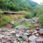 Trabajos de mantenimiento y adecuación en el río Pigüeña, a su paso por Somiedo