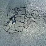 Socavón en la carretera de Salamanca Matilla muy peligro