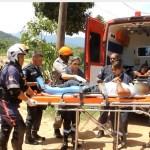 ACIDENTE – Colisão entre carro e moto deixa dois feridos na RJ-106, em Maricá