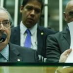 POLÍTICA – Cunha tenta abrir sessão nesta sexta para acelerar rito do impeachment