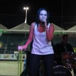 ENTREVISTA – Cantora Danny Cassilhas conta a emoção de cantar em São Pedro da Aldeia