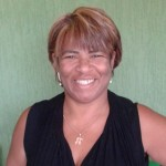 FIOS SAUDÁVEIS BULBO E RAIZ – A Tricologista Luciane Ribeiro explica os motivos e causas da calvície
