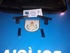 Armas foram apreendidas em Cabo Frio