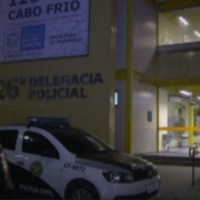 AÇÕES POLICIAIS – Homem é detido com cocaína e pistola no Jardim Esperança, em Cabo Frio