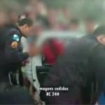 CABO FRIO – Alunos são levados de viatura para a DP em manifestação em Cabo Frio