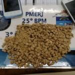 AÇÕES POLICIAIS – PM detém homem com pedras de crack no domingo em Araruama