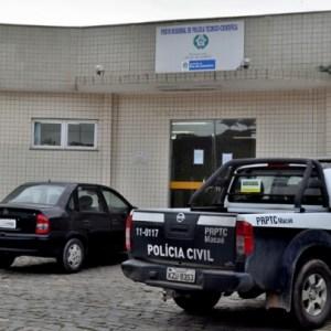 AÇÕES POLICIAIS – Homem é encontrado morto com marcas de cortes em São Pedro da Aldeia