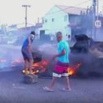 PROTESTO – Moradores protestam após morte de ciclista na RJ-140; polícia achou carro