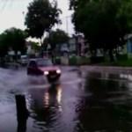 CHUVA FORTE – Chuva alaga ruas na manhã desta sexta-feira em Cabo Frio
