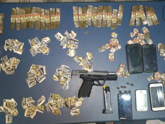 arma-municao-e-drogas-foram-apreendidas-nesta-segunda-feira
