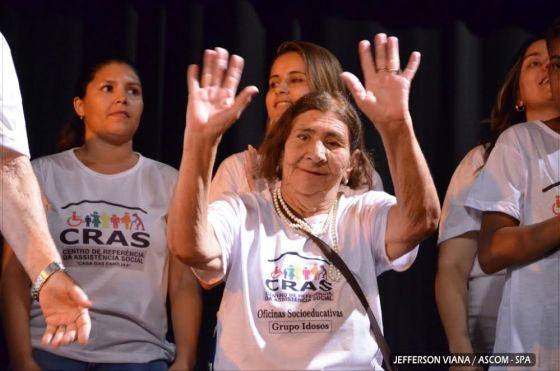 assistencia-social-aldeense-realiza-apresenta-acao-3