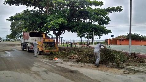 prefeitura-aldeense-realiza-servicos-de-limpeza