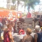 ACIDENTE – Carro atropela 3 pessoas no Centro de Cabo Frio e capota