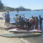 ESPORTE – Criançada se diverte em Encontro de Canoagem na Praia do Balneário