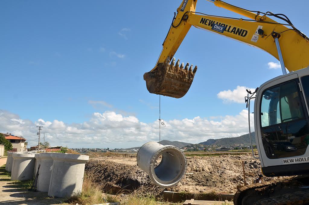 SÃO PEDRO DA ALDEIA - Prefeitura aldeense dá continuidade a obras do bairro Baixo Grande