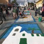 SÃO PEDRO DA ALDEIA – tradicional confecção de tapetes de sal em comemoração ao Corpus Christi encanta Aldeenses