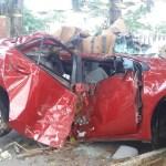 ACIDENTE – Dois homens morrem ao bater em árvore em Rio das Ostras
