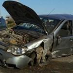 ACIDENTE – Carro capota e deixa cinco feridos na RJ-140 em São Pedro da Aldeia