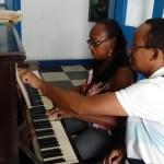 CABO FRIO – Charitas oferece aulas gratuitas de piano em Cabo Frio