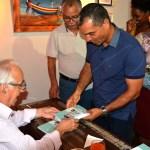 """CTP Full Shore – Carlos Salum prestigia lançamento do livro """"São Pedro da Aldeia 400 Anos"""""""